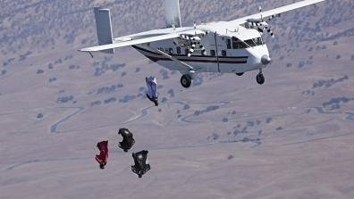 Crazy - Out of the plane with the wing-suit