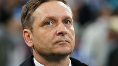 getty | After Schalke-debacle: Self-praise by Heldt